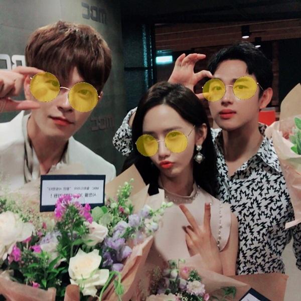 sao-han-4-7-soo-young-khoe-eo-thon-gon-seol-hyun-do-sac-voi-dan-anh-2