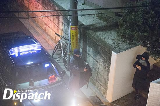 song-joong-ki-song-hye-kyo-bi-tung-loat-anh-hen-ho-trong-dem-9