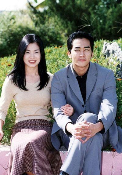 song-joong-ki-nguoi-cuoi-cung-o-lai-sau-chuoi-nghi-van-phim-gia-tinh-that-cua-song-hye-kyo-1