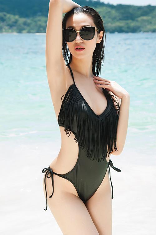 khanh-my-dien-bikini-ho-bao-khoe-dang-bong-mat-1