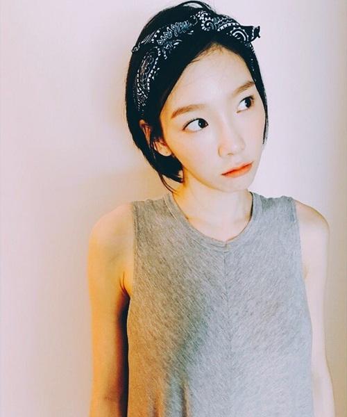 sao-han-5-7-tae-yeon-mat-non-choet-qri-an-gian-tuoi-voi-style-thieu-nu
