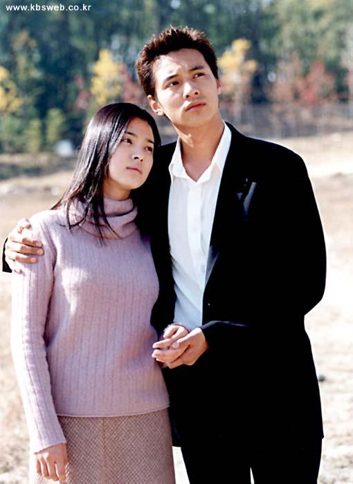 song-joong-ki-nguoi-cuoi-cung-o-lai-sau-chuoi-nghi-van-phim-gia-tinh-that-cua-song-hye-kyo-2