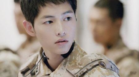 nguoi-co-cong-lon-nhat-trong-chuyen-tinh-song-joong-ki-song-hye-kyo-1