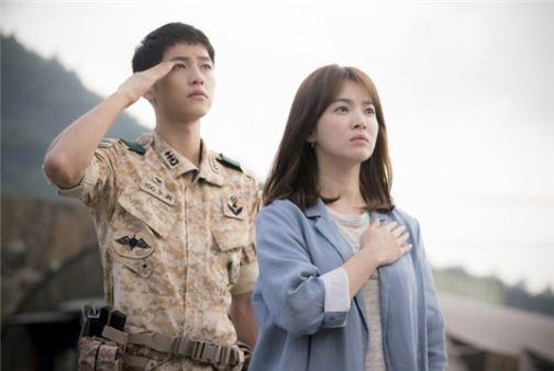 nguoi-co-cong-lon-nhat-trong-chuyen-tinh-song-joong-ki-song-hye-kyo-2