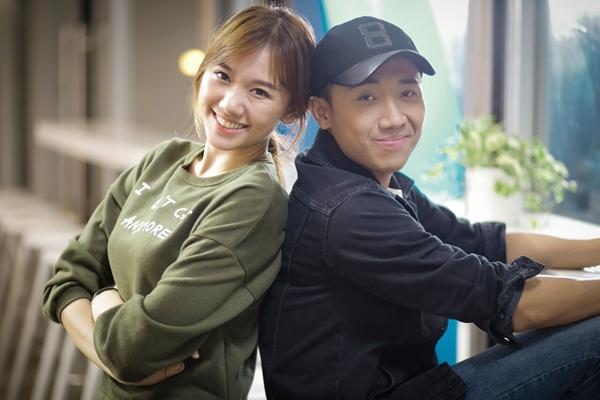 2-cap-sao-viet-co-chuyen-tinh-hao-hao-giong-song-song-5