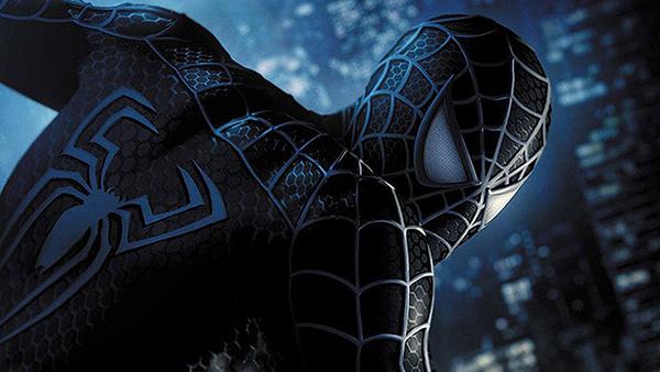 Sự thay đổi của bộ giáp Nhện trong phần cuối cùng  của loạt phim do Sam Raimi đạo diễn.