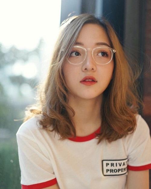 hot-girl-thai-sinh-nam-1999-mat-tron-xinh-nhu-bup-be-4