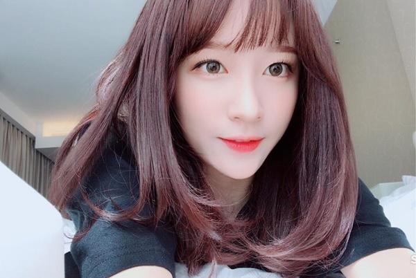 sao-han-9-7-snsd-khoe-dang-goi-cam-momo-da-hyun-than-mat-do-cute-4
