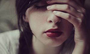 Sao phụ nữ tốt tính tình duyên thường lận đận?