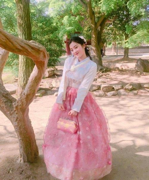 7-idol-sinh-nam-2002-hua-hen-tro-thanh-visual-moi-cua-kpop-7