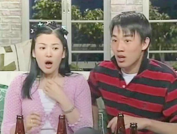 nhung-kieu-toc-de-doi-ram-ro-nguoi-bat-chuoc-cua-song-hye-kyo-1