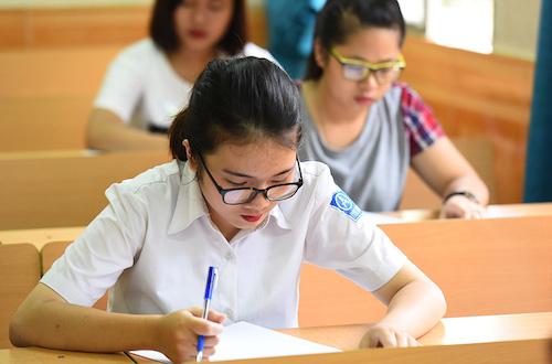 Thí sinh dự thi THPT Quốc gia 2017.