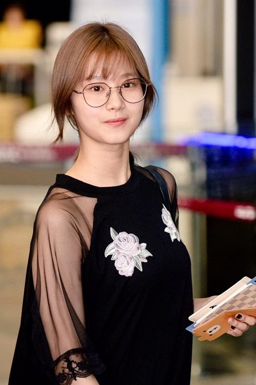 twice-khoe-kieu-toc-moi-o-san-bay-chuan-bi-comeback