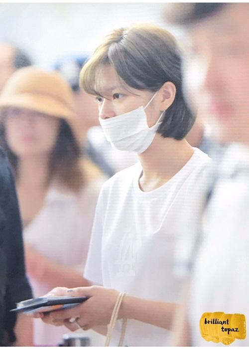 twice-khoe-kieu-toc-moi-o-san-bay-chuan-bi-comeback-9