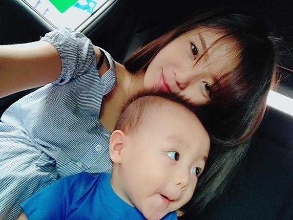 sao-viet-14-7-ngo-thanh-van-da-dep-khong-can-phan-lam-a-han-khoe-con-trai-cute