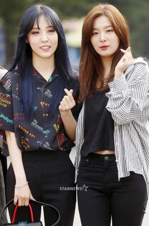 dan-girl-crush-kpop-khoe-dang-khi-den-music-bank-10