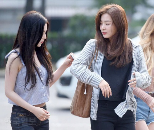 dan-girl-crush-kpop-khoe-dang-khi-den-music-bank-3