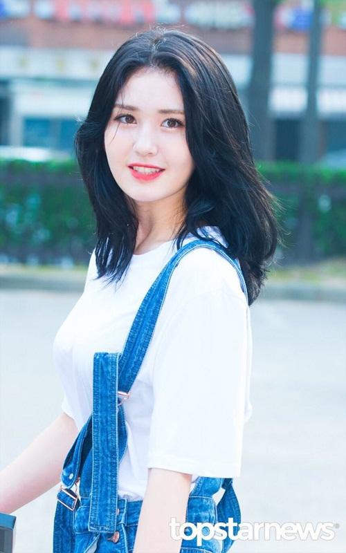 dan-girl-crush-kpop-khoe-dang-khi-den-music-bank-9