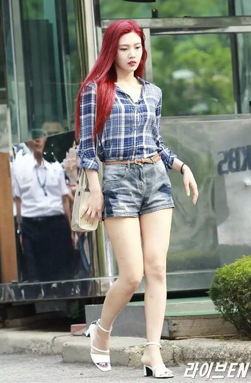 dan-girl-crush-kpop-khoe-dang-khi-den-music-bank-2