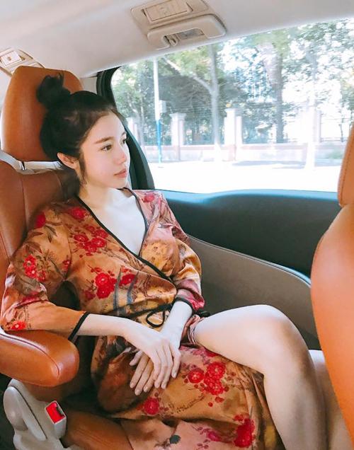 sao-viet-15-7-quynh-chau-khang-dinh-chia-tay-quang-hung-dong-nhi-di-giay-cho-cun-4