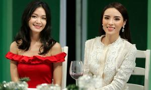 Kỳ Duyên lộ nụ cười 'cứng đơ' bên Hoa hậu Thùy Dung