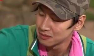 Sao Hàn toát mồ hôi, rơi nước mắt khi ăn cay