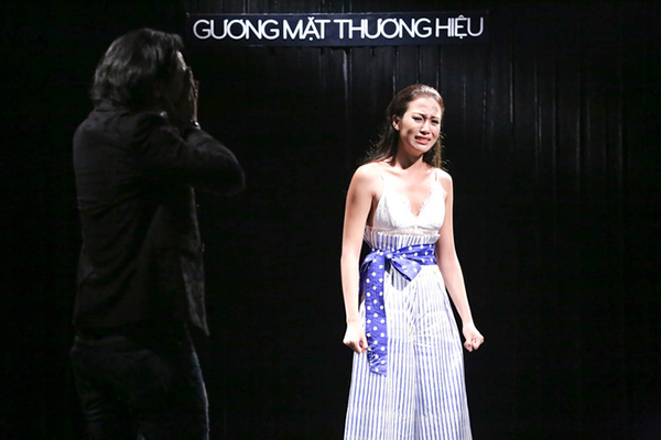 3-hanh-dong-nho-ma-tinh-te-cua-lan-khue-o-the-face