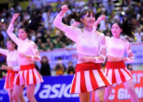 hot-girl-bong-chuyen-10x-cao-1-76m-xung-danh-con-nha-nguoi-ta-page-2-1
