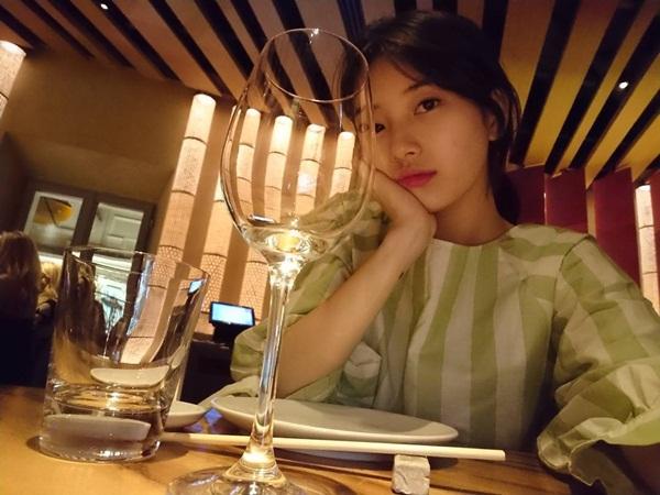 sao-han-19-7-black-pink-khoe-ve-sang-chanh-sana-de-toc-mai-thua-cute-7
