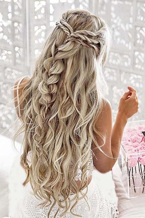 Ai cũng muốn có mái tóc đẹp nhưng chưa chắc đã biết bao lâu nên cắt một lần.