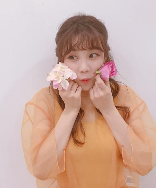 sao-han-20-7-park-shin-hye-gui-xe-do-an-cho-krystal-hyo-min-dang-dep-my-mieu-2-6