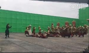 Sự thật cảnh hành động 'một chọi trăm' cực ảo trên phim Trung Quốc