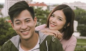 Suni Hạ Linh 'cảm nắng' hot boy cầu lông Hồng Nam