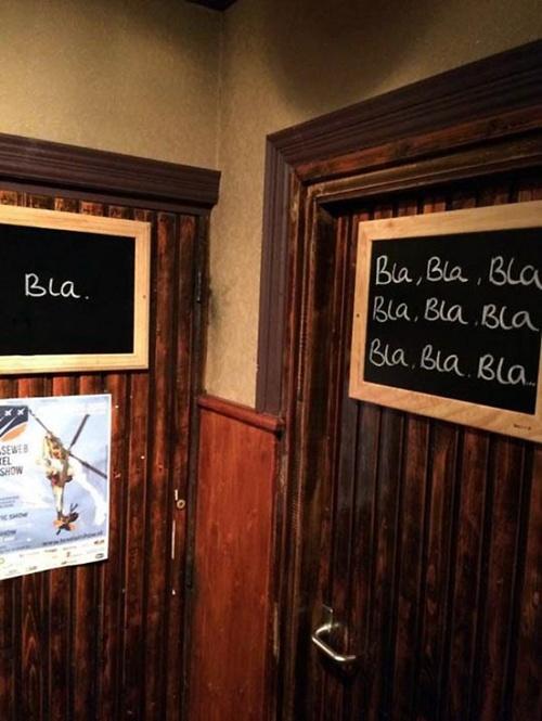 nhung-bien-bao-toilet-nhin-la-cuoi-vo-bung-1