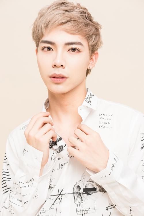 erik-nhan-to-vpop-dang-gom-khi-tach-hoat-dong-solo-6