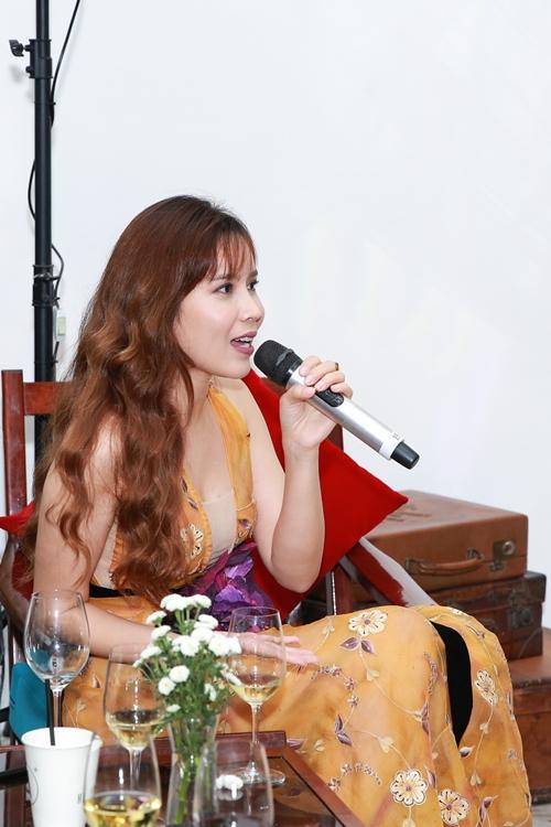 dong-nhi-tiu-tit-chuc-mung-luu-huong-giang-tai-xuay-sau-2-nam-9