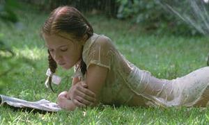 10 bộ phim gây tranh cãi vì để sao nhí 12, 13 tuổi đóng cảnh sốc