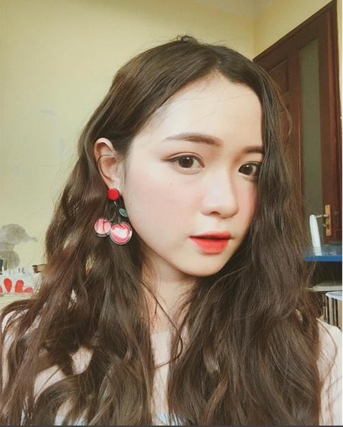hot-girl-10x-xu-nghe-dep-khong-ti-vet-khien-dan-mang-san-lung-9