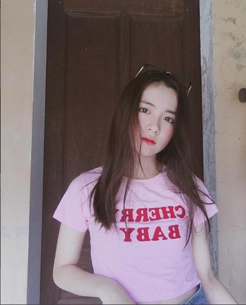 hot-girl-10x-xu-nghe-dep-khong-ti-vet-khien-dan-mang-san-lung-7