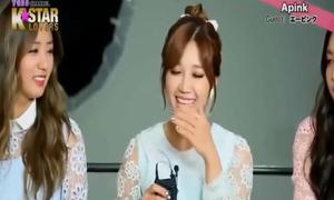 Điệu cười đặc trưng khó đỡ của các thần tượng Kpop