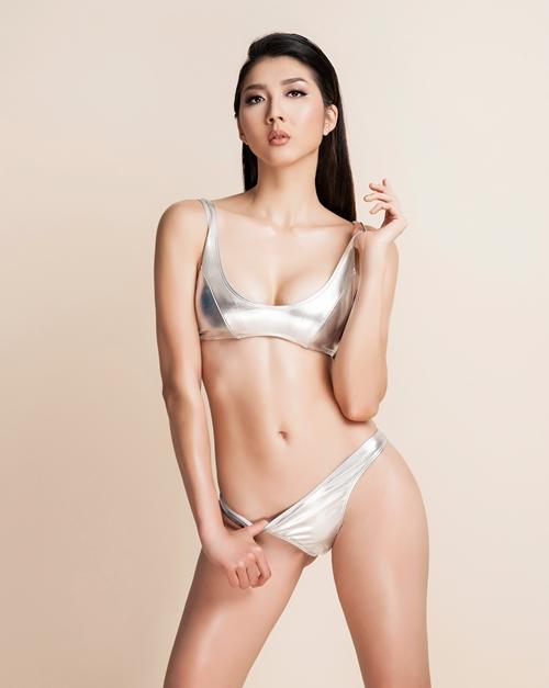ngoc-quyen-dien-bikini-khoe-ve-sexy-cua-gai-mot-con-2
