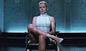Cảnh nhạy cảm gây tranh cãi hơn 2 thập kỷ của 'Basic Instinct'