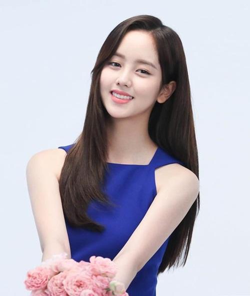 sao-han-7-8-baek-hyun-chup-anh-dim-chan-yeol-da-hyun-tzuyu-do-cute-4