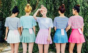 Mặc đồng phục như girlgroup là mốt mới khi chụp ảnh 'có hội có phường'