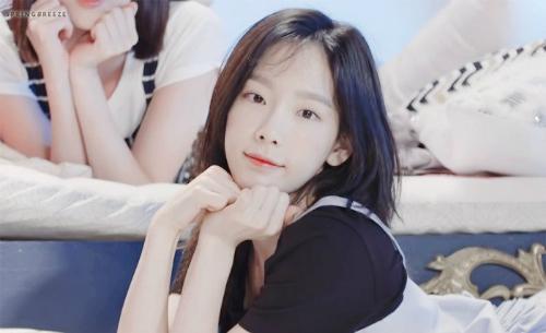 tae-yeon-yoon-ah-khoe-nhan-sac-khong-doi-trong-suot-10-nam-6