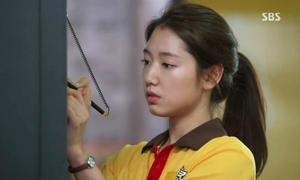 Những idol Hàn từng phải 'làm mọi việc miễn là kiếm ra tiền'