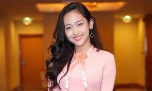 Hot girl Thúy Vi xinh đẹp đi đóng phim sau loạt scandal
