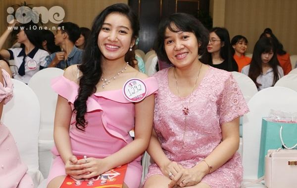 thi-sinh-nen-noi-dau-mat-nguoi-than-de-casting-miss-teen-2017-9