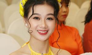 Các cô gái Miss Teen 2017 miền Nam khoe sắc vóc khó rời mắt