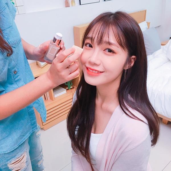 sao-han-14-8-yoon-ah-tae-yeon-mac-dong-phuc-do-cute-6
